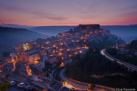 ITA, Italy, Ragusa Ibla, blue hour, flood-lit, light trails, morning light, Sicily, Italien, Italia, Sizilien, Sicilia