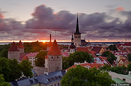 EST, Estonia, Harju, Toompea, morning light, motion, moving clouds, Tallinn