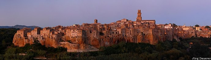 blue hour, buildings, evening light, Tuscany, Italy, Pitigliano, Toscana