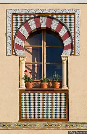 Spain, Andalusia, Cordoba, window, flower pots, juderia, wall