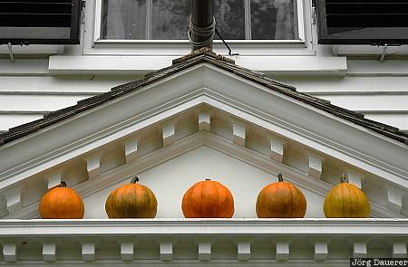United States, Massachusetts, Lexington, door, orange, Pumpkin, pumpkins