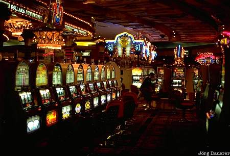 Luxor Slot Machines